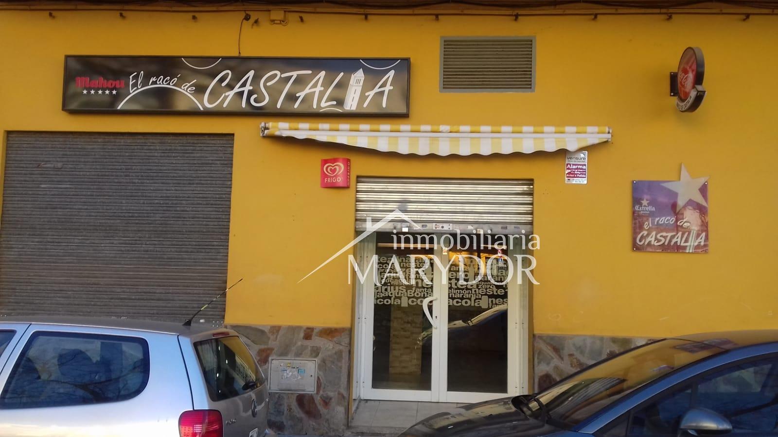 Bar Maria. Zona estadio Castalía. Bien situado en una zona de paso de mucha gente