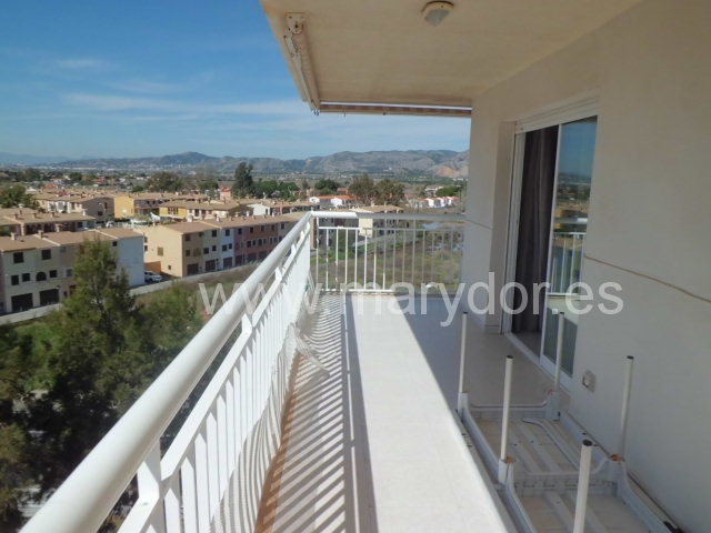 APARTAMENTO LUMINOSO CON ESPECTACULARES VISTAS!!!
